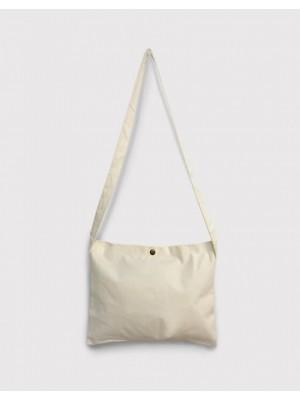 日系斜背隨身小包 - 2色 | 橫式加釦 |