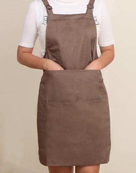 客製圍裙印製 | 混棉布背帶式二口袋圍裙+雙扣可調 | 卡其色