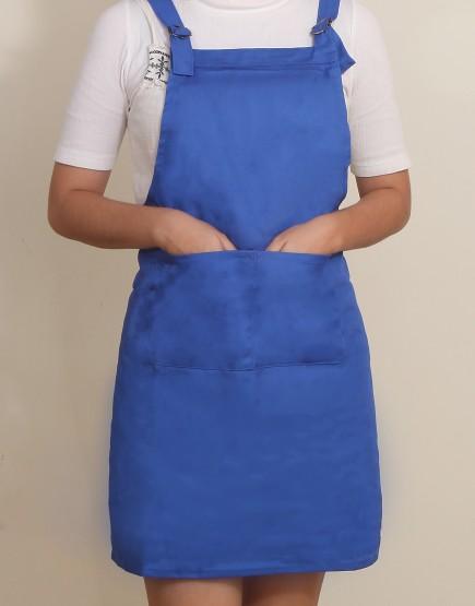 客製圍裙印製 | 混棉布背帶式二口袋圍裙+雙扣可調 | 寶藍色