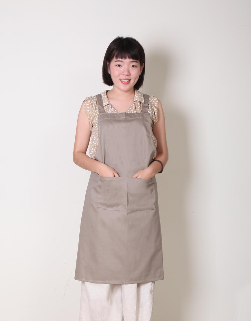 客製圍裙印製 | 純棉雙口袋 | 背帶式 | 卡其色